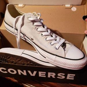 BNIB Converse Tennis Shoes